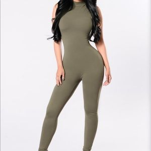 FASHION NOVA • Olive Sleeveless Jumpsuit XXL 2X